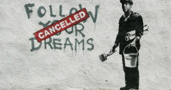 _banksy-follow-your-dreams