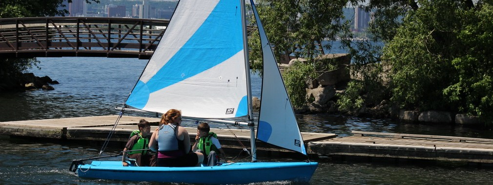 Sailing at LaSalle Park