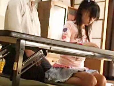 【JC盗撮動画】そろばん塾で黒髪ツインテールのロリ生徒にワイセツ行為で処女貫通を隠し撮りww