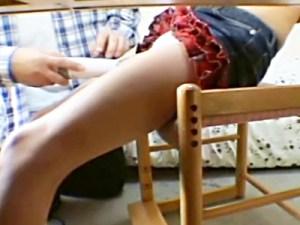 【妹室内盗撮動画】家庭教師に目隠し電マで調教されている妹の証拠掴むため兄が隠しカメラ設置した結果…
