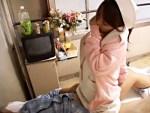 【ナース盗撮動画】強引な入院患者に抵抗虚しく看護師が病室内でレイプ…そんなビッチナースを隠し撮りww