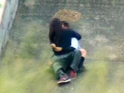 【JK青姦盗撮動画】河川敷でイチャつく女子校生と彼氏…望遠カメラで隠し撮りしてたら思わぬ展開にww
