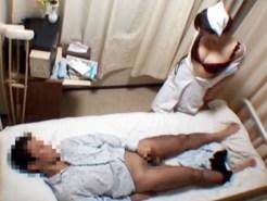 【ナース盗撮動画】勃起止まらず困っている入院患者に巨乳看護婦が病室で手コキから生セックスを隠し撮りww