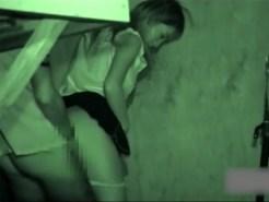 【赤外線カメラ隠撮動画】夜道でキスをするカップル…土手で青姦する素人ギャルを隠し撮りww