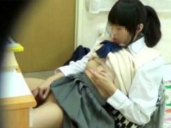 【オナニー隠撮動画】女子校生の妹が誰にも見られたくない自慰行為を兄が隠しカメラ撮り…