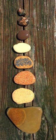 Brownish rocks wet