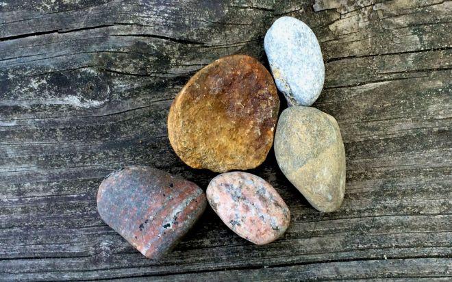 Rocks 3 dry