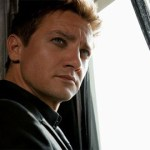 Jeremy Renner Describes 'Choking Out' Man Who Called Him a 'Fag', Says He's Not Gay: VIDEO