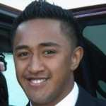 Manti Te'o Hoaxer Wanted 'Relationship' with Him: Lawyer