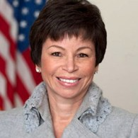 Valerie_Jarrett_official_portrait_small