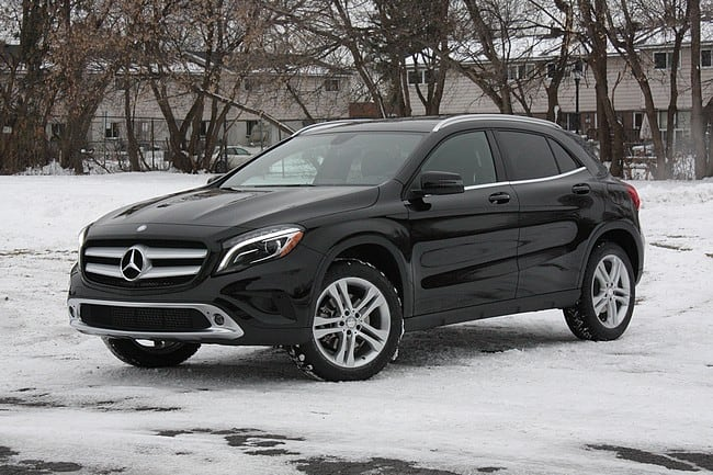 Review 2015 mercedes benz gla 250 4matic is sleek and for Mercedes benz gla 250 review