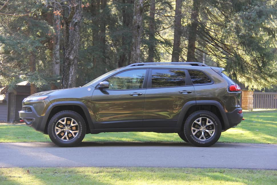 a trip to the lodge at glendorn in the 2016 jeep cherokee trailhawk. Black Bedroom Furniture Sets. Home Design Ideas