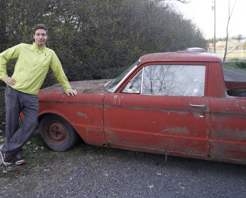 Hanging with the old Ford