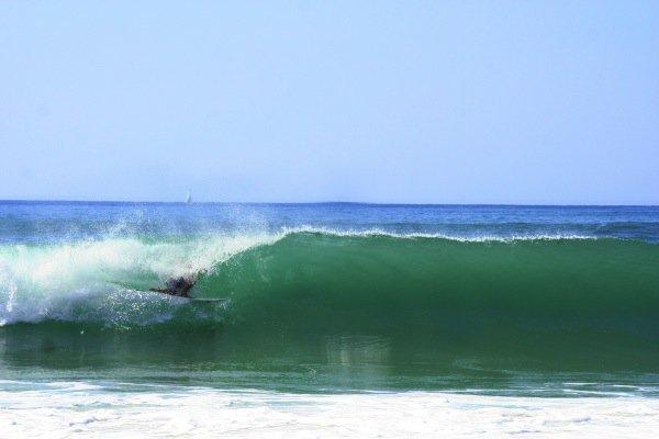 Große Wellen zum Surfen in Frankreich