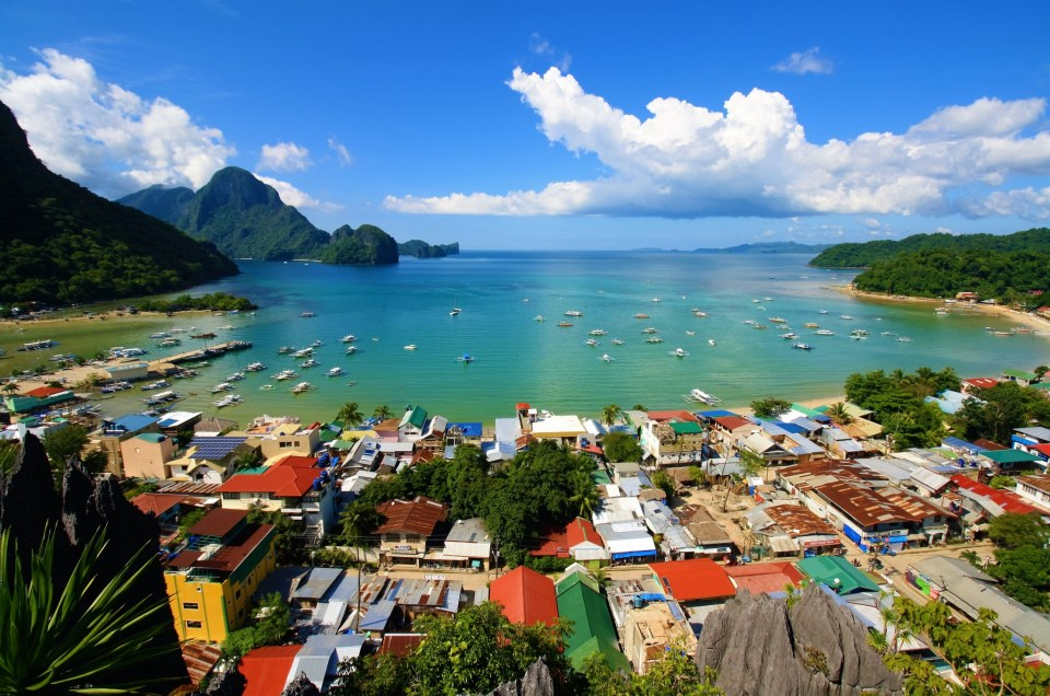 Beautiful Pictures Of Island Hopping In El Nido!