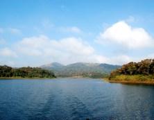 thekkady-lake-boating-Back-view-Images