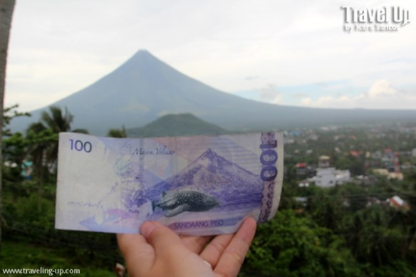 sidequest 100 peso bill with Mayon Volcano TravelUp