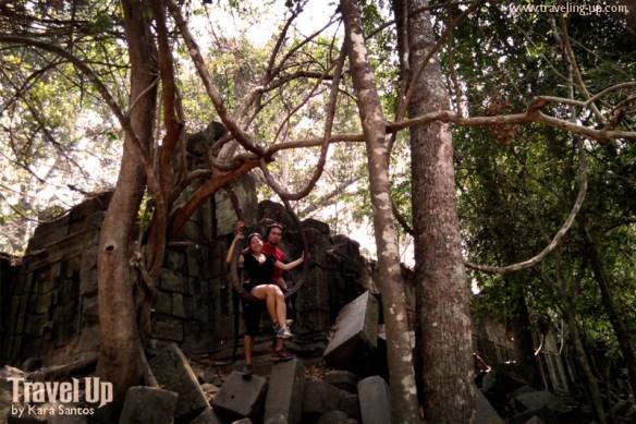 beng melea temple cambodia tree swing