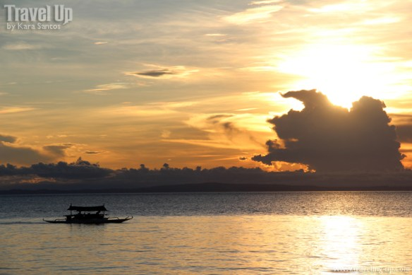 jomalig quezon sunset boat