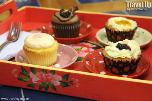 11. chapters book cafe dipolog cupcakes