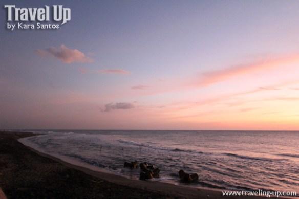 11. vigan mindoro beach