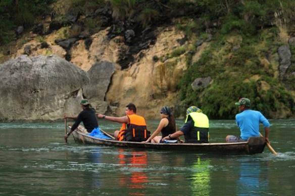 quirino province natipunan river boat photo by eazytraveler