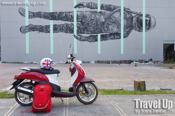 between the lines mural by cyrcle BGC motorcycle