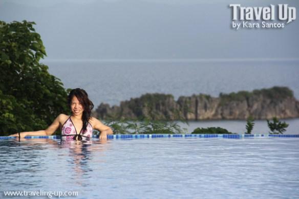 tugawe cove resort caramoan infinitey pool