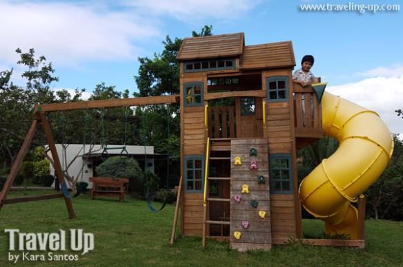 tugawe cove resort caramoan playground