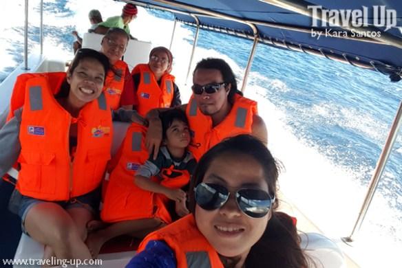 tugawe cove resort caramoan speedboat