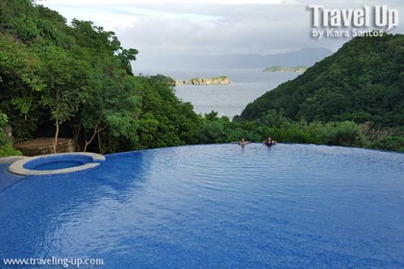 tugawe cove resort caramoan swimming pool