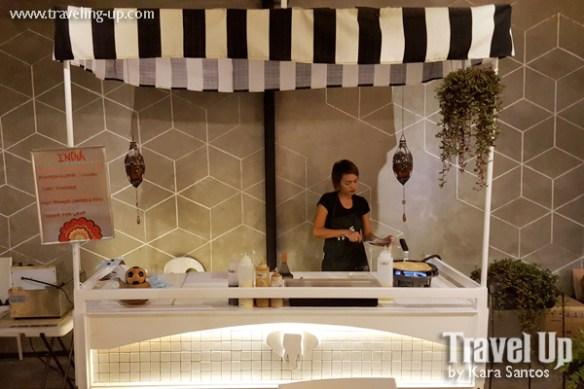 08 merkanto street food stall indian
