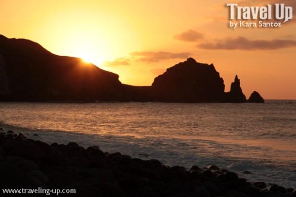 batanes chadpipan boulder beach sunset