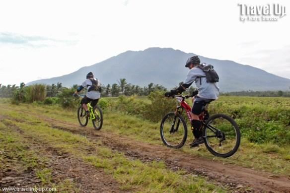 mt isarog bikers mountain biking