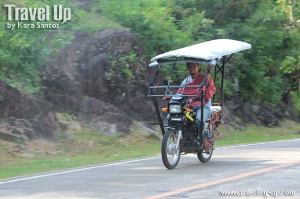 08-biliran-motorcycle-with-roof