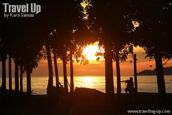 27-trees-motorcycle-biliran-sunset