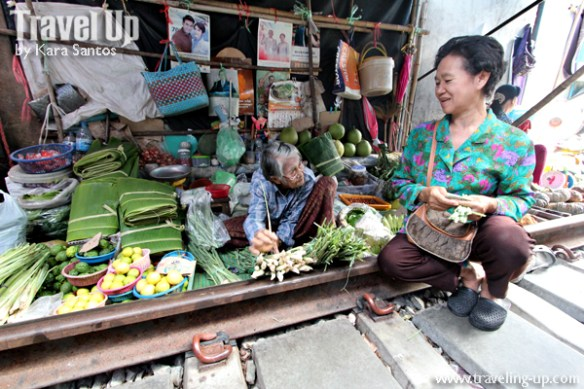 day 3 rom hub maeklong market vendor tracks