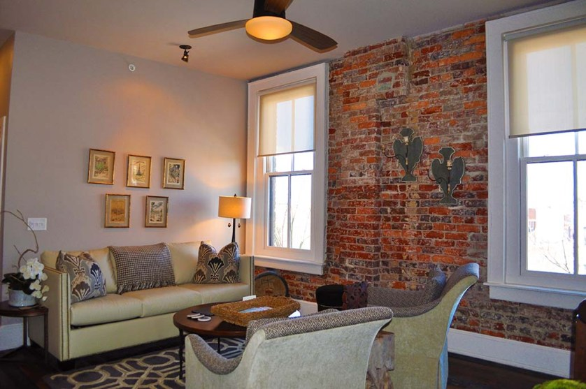 Sitting room in suite at Windsor Boutique Hotel in Asheville. Photo: Carolyn Burns Bass