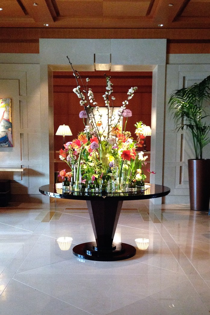 the-umstead-hotel-and-spa-floral-arrangment
