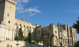 Avignon Holiday – Provence