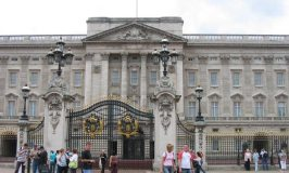 Buckingham Palace – Royal Residence of the Queen