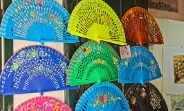Spanish Hand Fans and the Language of the Fan
