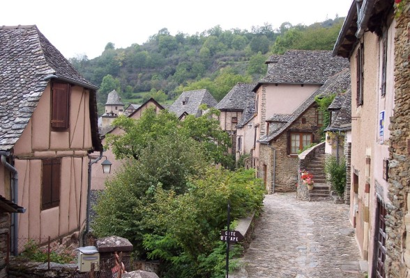 Le Puy to Conques