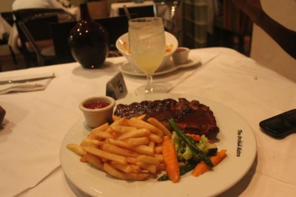steak-and-fries-travelstart