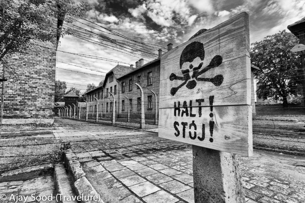 Auschwitz - Remembering the WW-II Holocaust