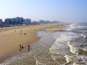beaches in holland scheveningen