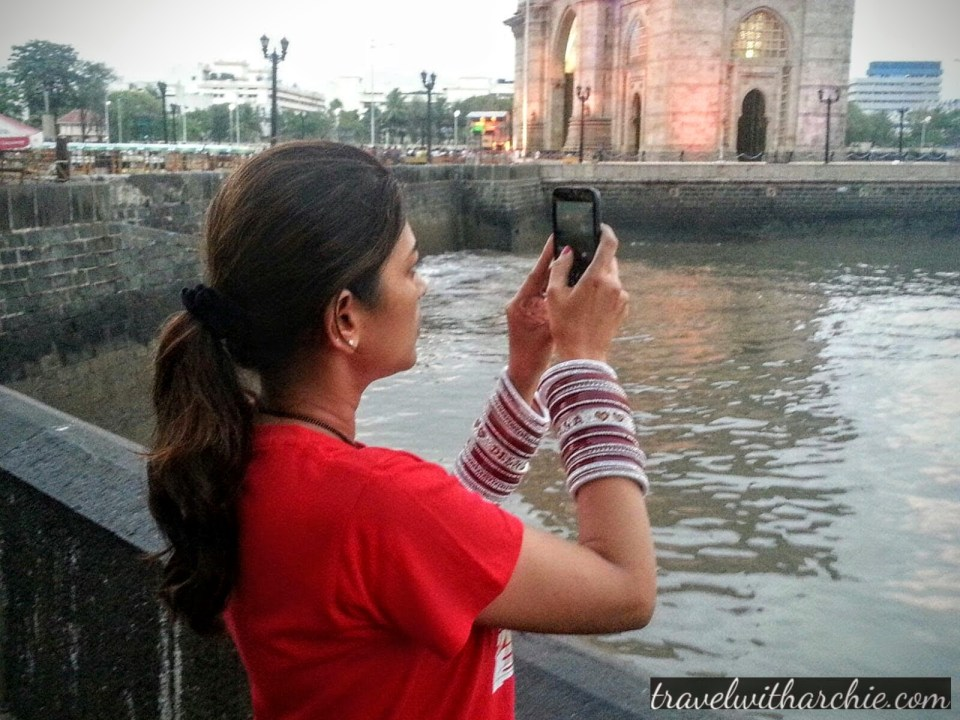 Getting clicked while clicking at the Gateway of India