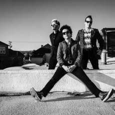 Green Day Announce Headlining Tour