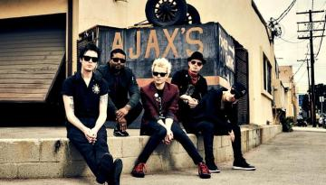 """Sum 41 Stream New Song """"God Save Us All (Death To Pop)"""""""