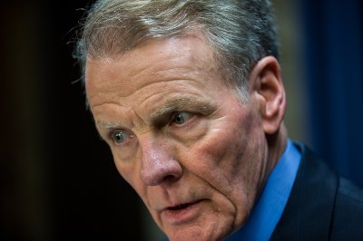 Madigan uses quirk in law to stockpile 2016 campaign cash ...